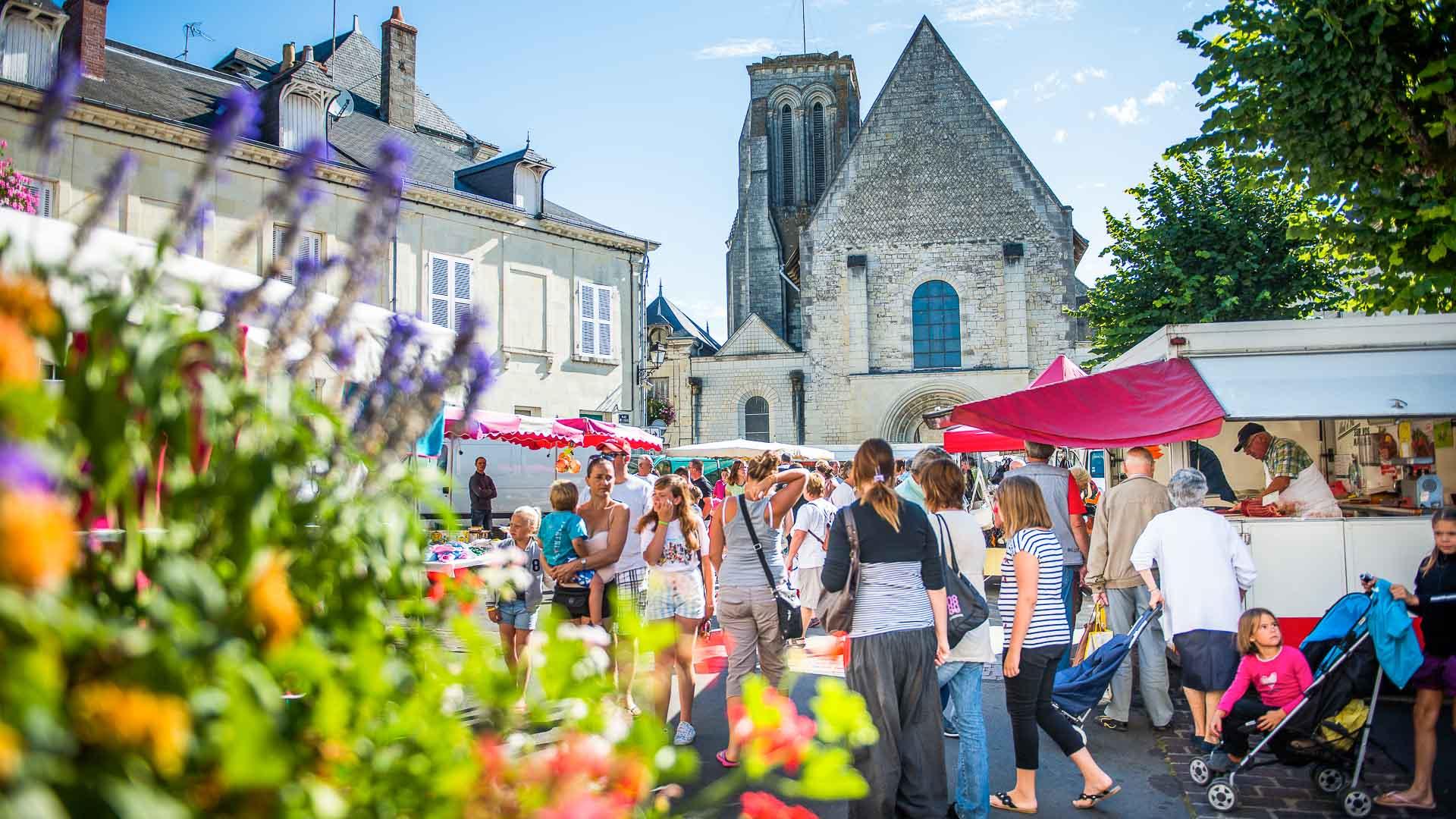 Bourgueil market