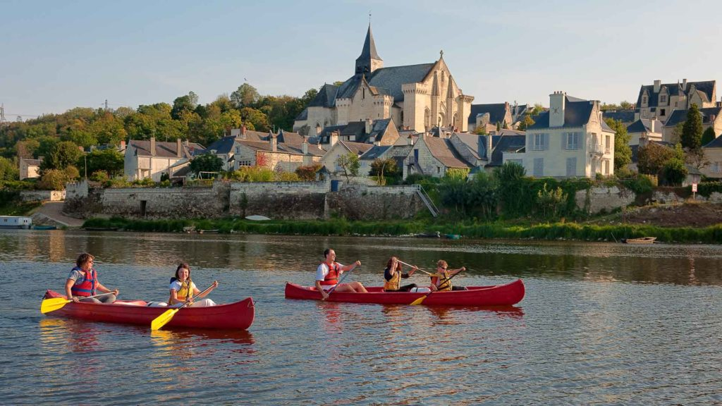 Canoeing on the Loire river by Candes-Saint-Martin