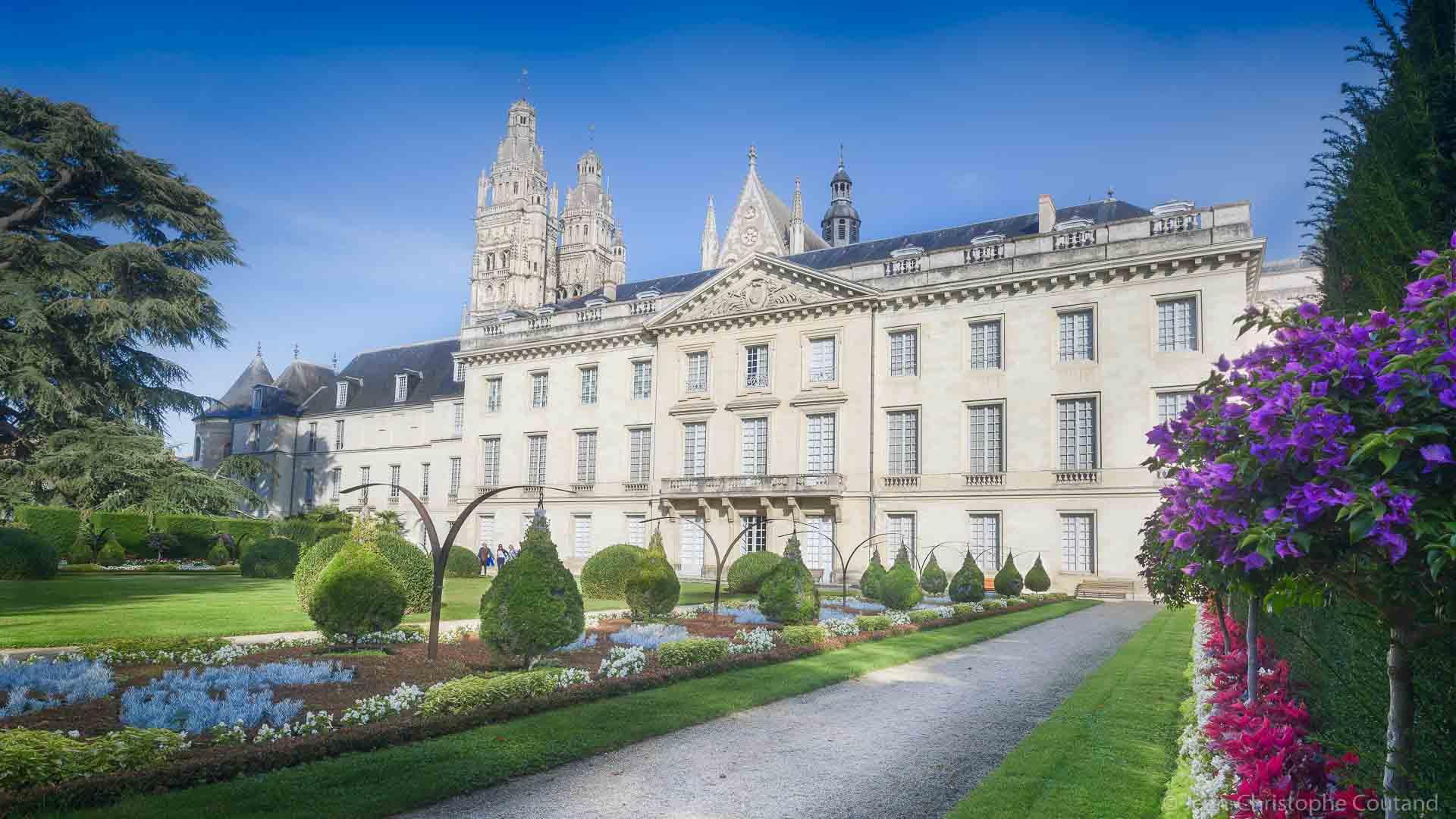 Visit Tours - The Fine arts museum