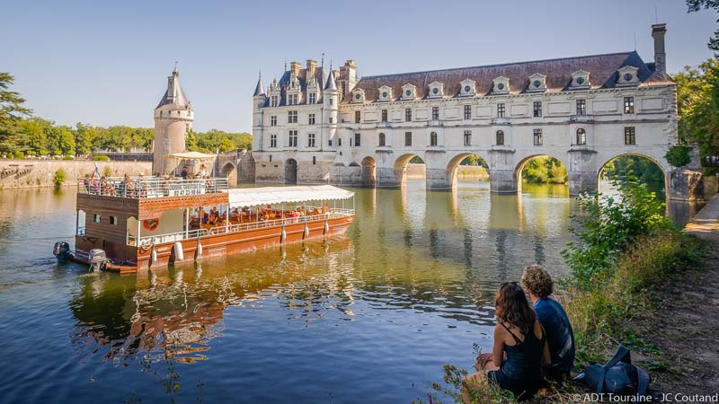 Chenonceau by boat
