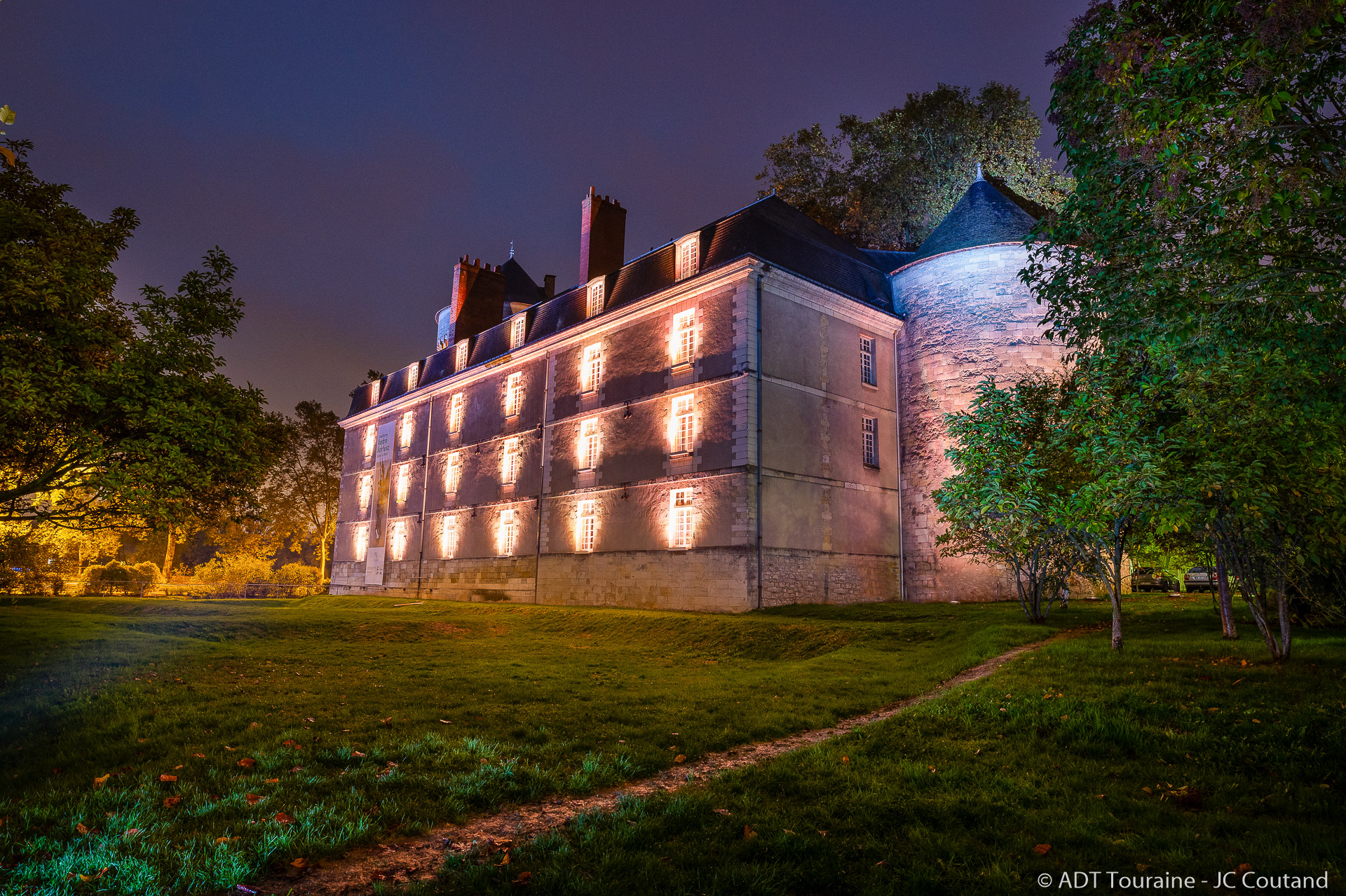 Château de Tours - Illuminated walking experience