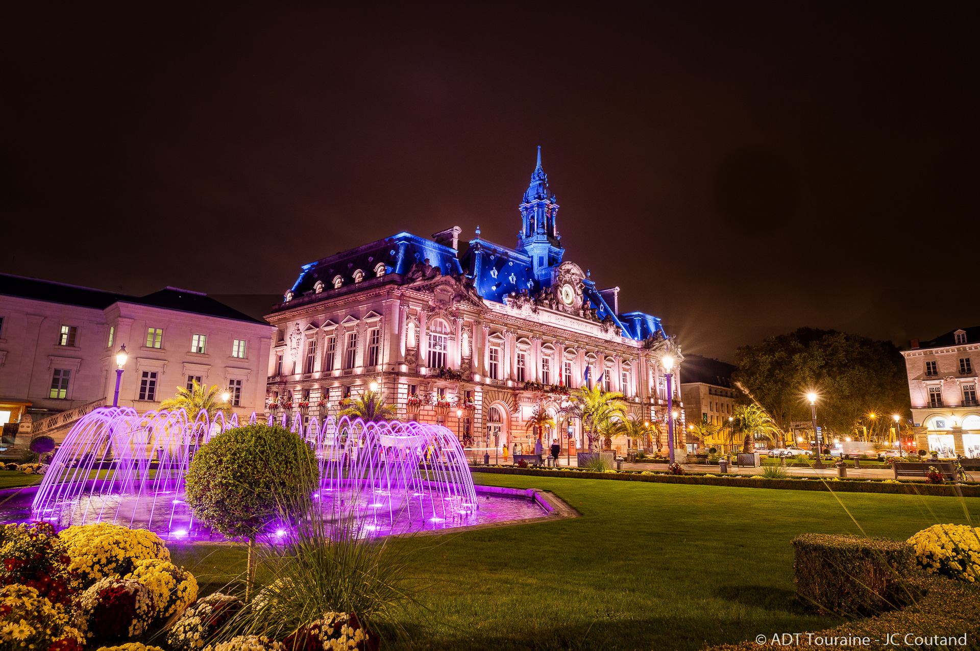 The illuminated walking experience in the city of Tours   Loire Valley