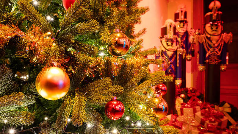 Christmas magic - The Royal City of Loches