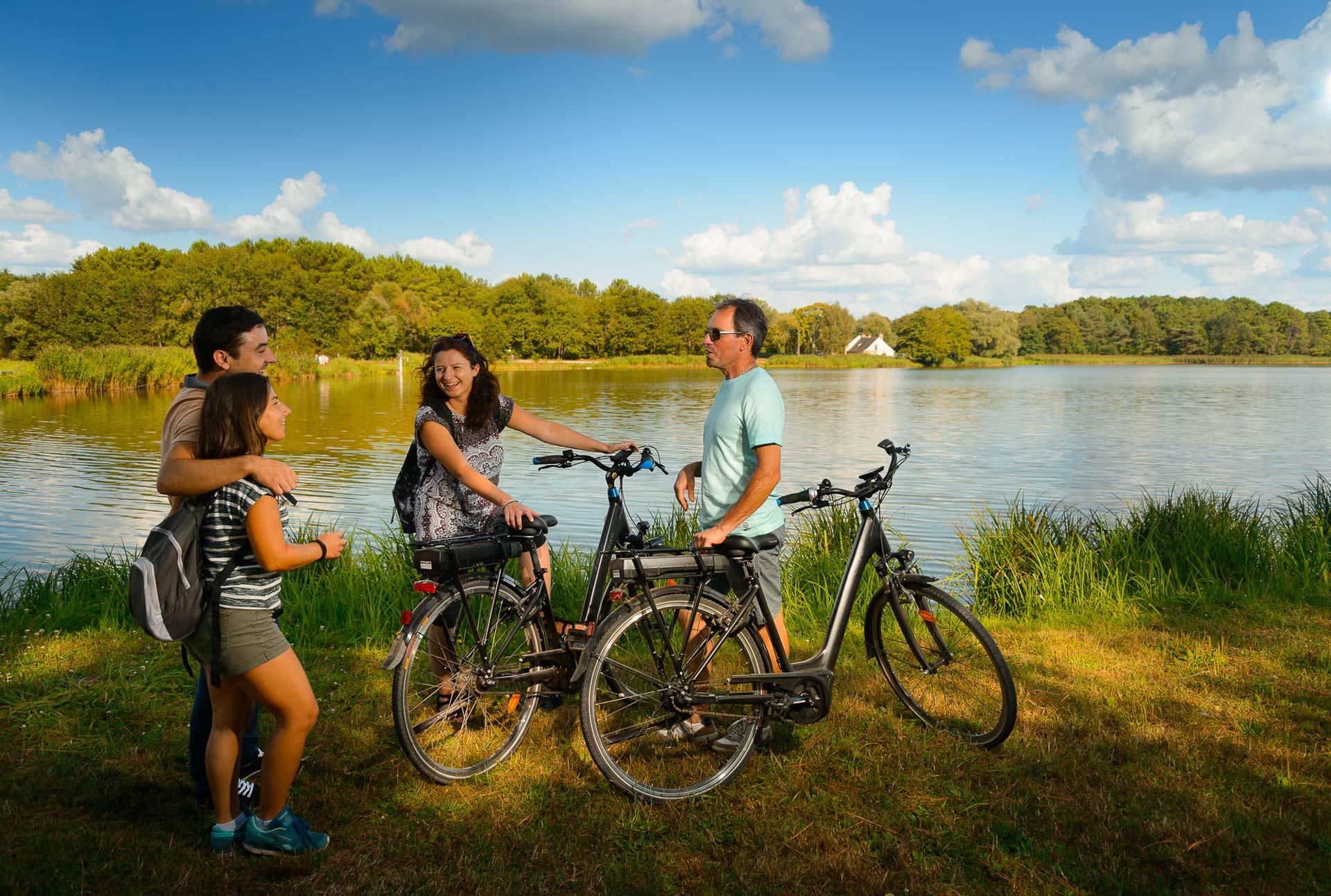 Bike loop around Rillé Lake