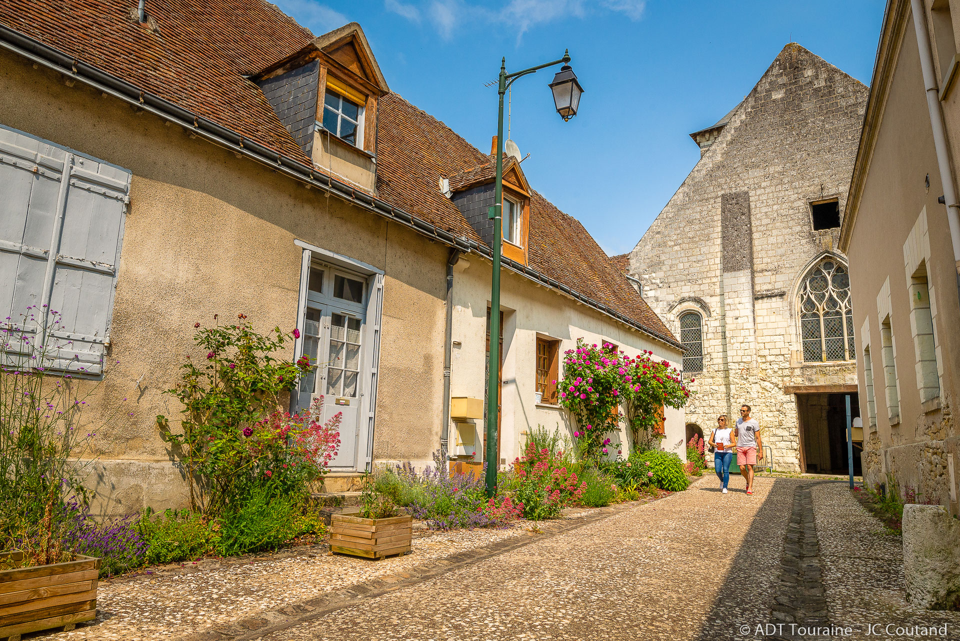 Through the streets of Beaulieu-lès-Loches