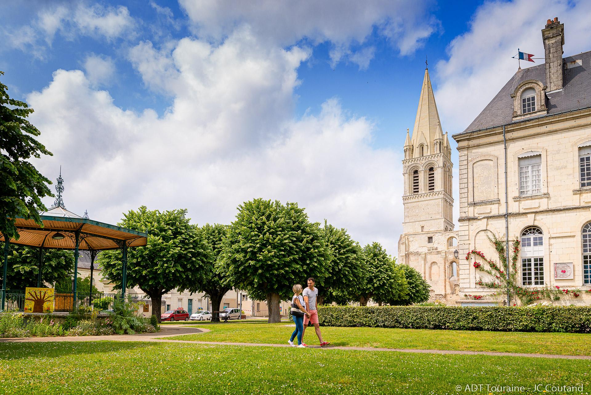 Saint-Pierre-Saint-Paul church spire and the town hall
