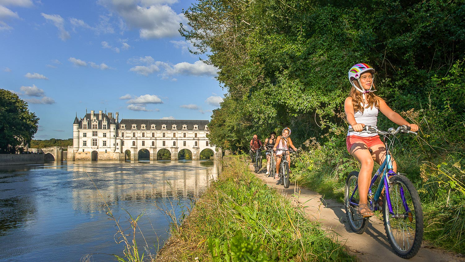 A bike ride around the chateau of Chenonceau