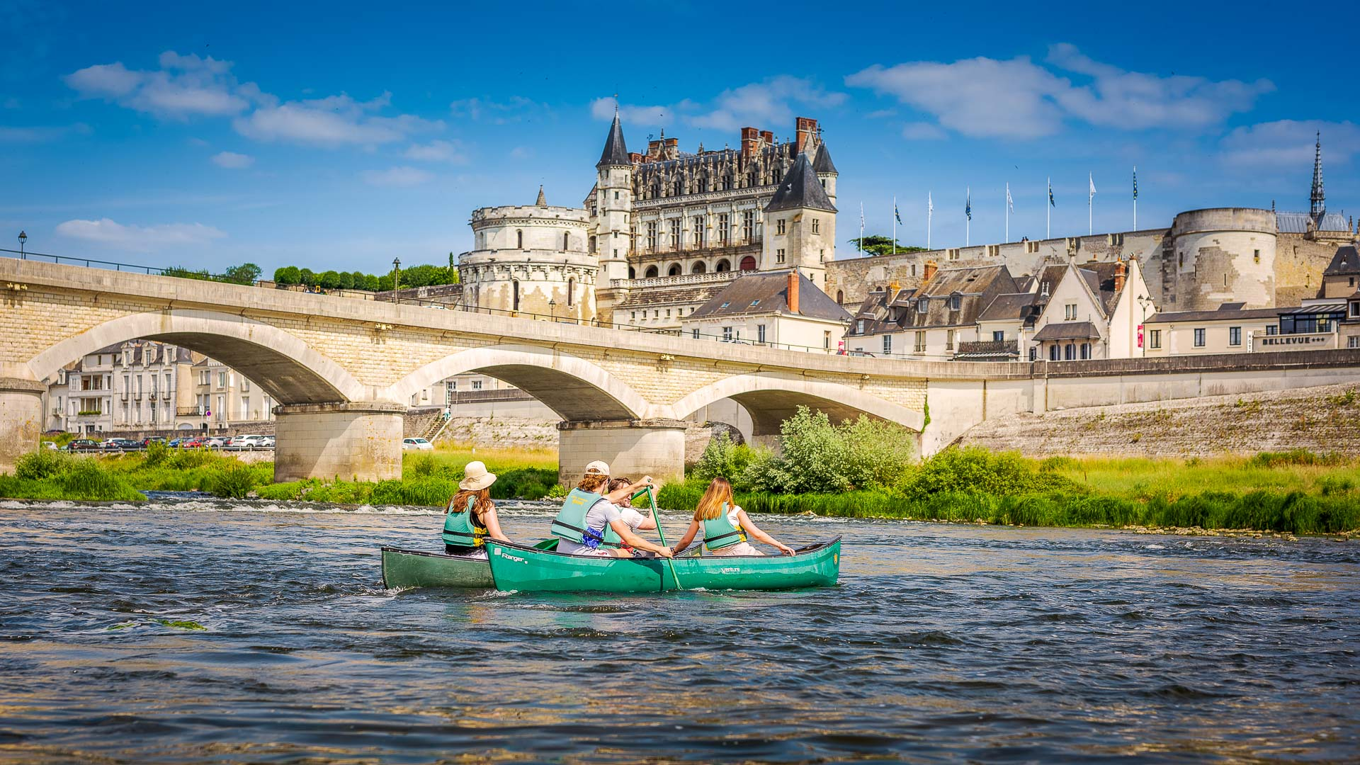 Canoeing on the Loire River, in Amboise