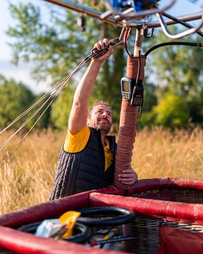 The balloonist, the hot-air balloon pilot. - Air Touraine, Loire Valley, France.