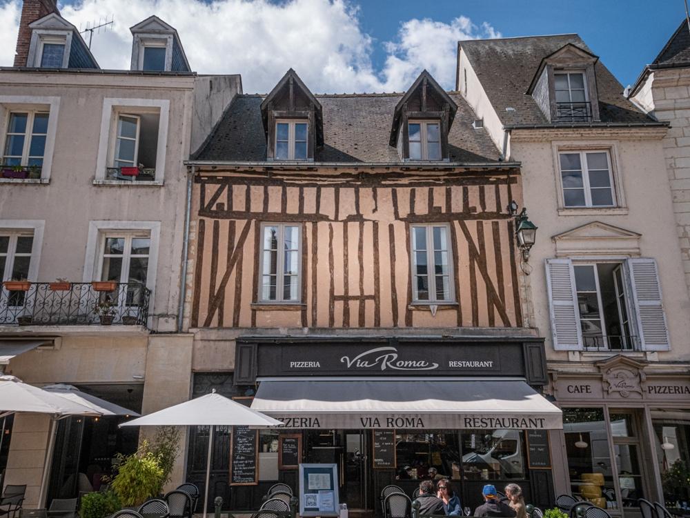 Amboise town centre