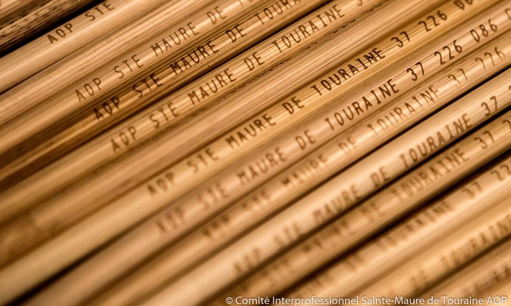 Rye straw for Sainte-Maure-de-Touraine AOC cheese