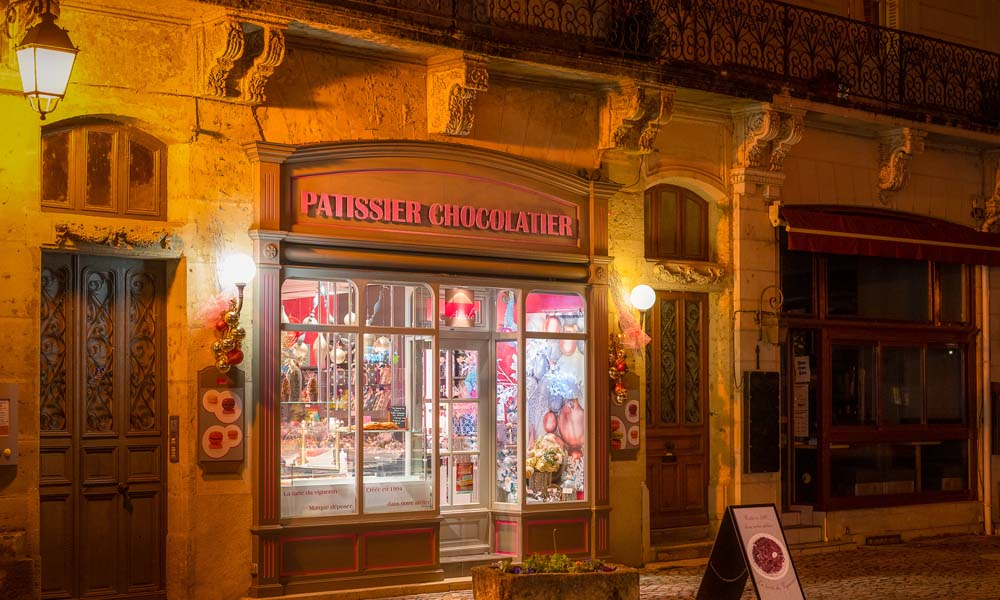 The Ayrole pastry shop, in the town of Chinon.