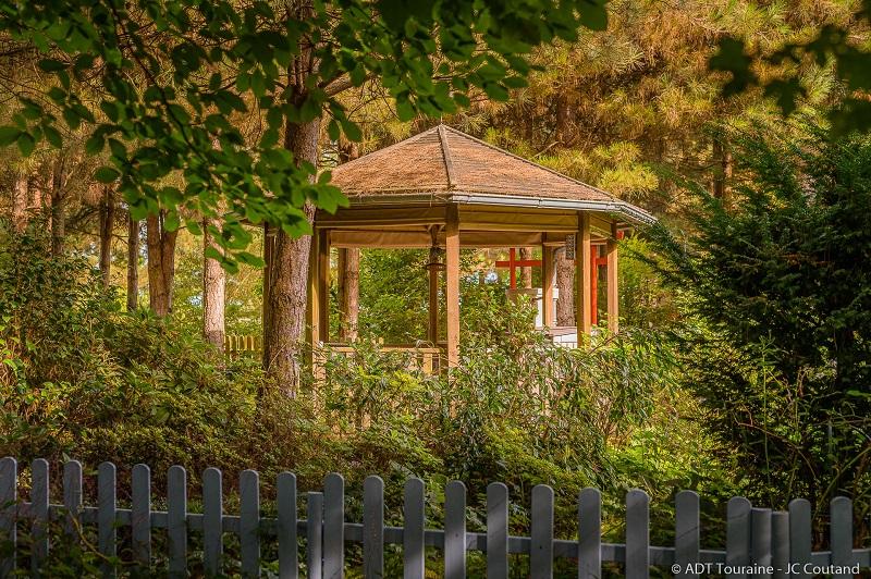 Le jardin de Mireille - Mireille's marvellous garden in Channay-sur-Lathan. Loire Valley, France.
