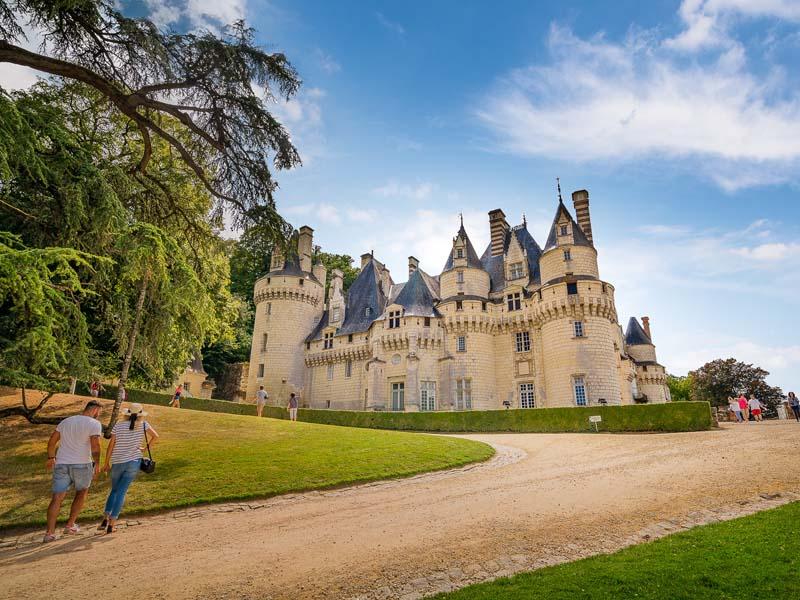 Halfway along the cycle route: the Château d'Ussé