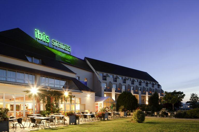 Hôtel Ibis Styles Chinon-1