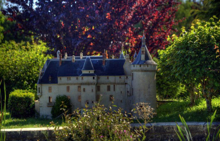 Loire Valley Mini-Châteaux-6