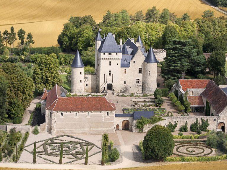 Château and gardens of Le Rivau-11