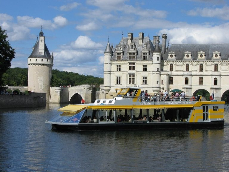 La Bélandre boat-restaurant-1