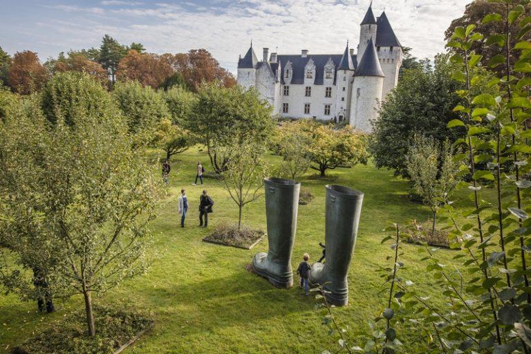 Château and gardens of Le Rivau-14