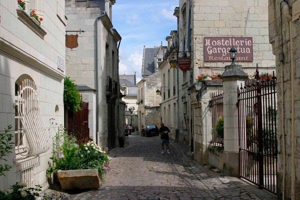 Guided tour of Chinon-1