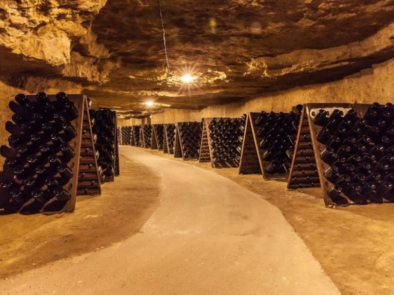 Vouvray Wine Cellar-2