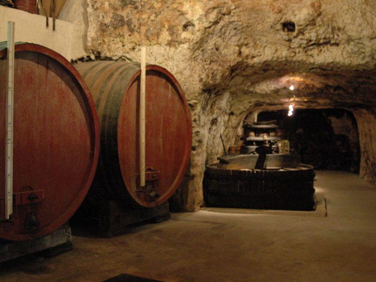 Caves du père auguste-4