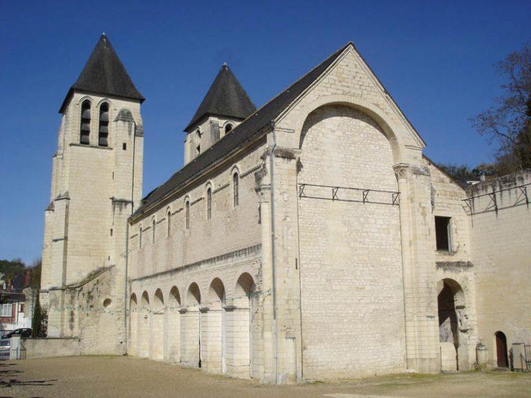 Saint Mexme Collegiate Church-5