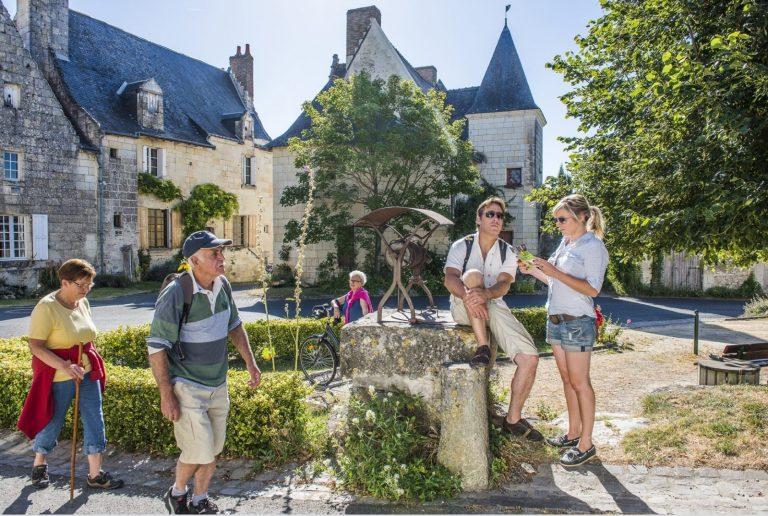 Crissay-sur-Manse, Avon-les-Roches, Tranchelion-1