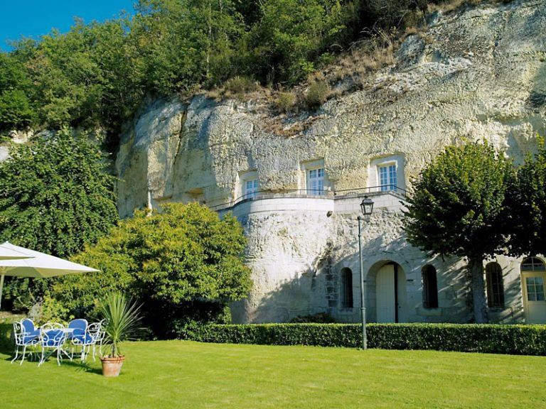 Relais et Châteaux Hôtel Les Hautes Roches-6