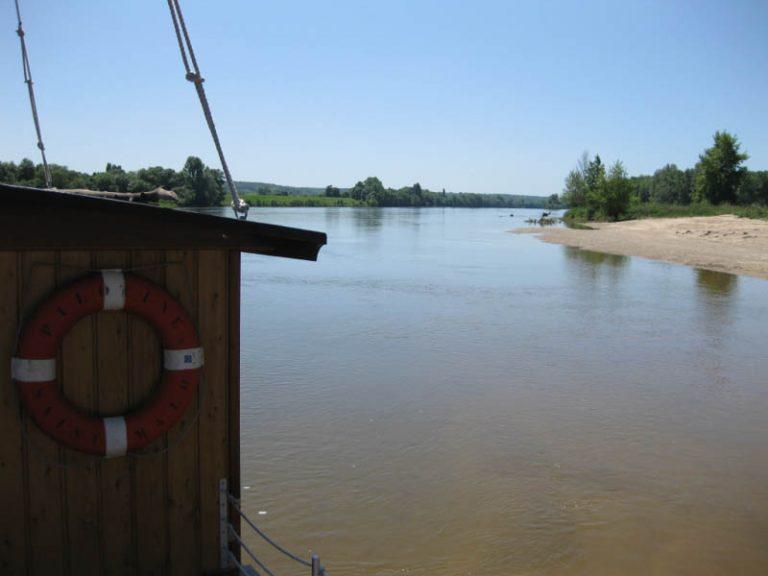 La Toue Reine houseboat-2