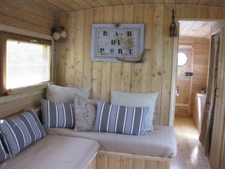 La Toue Reine houseboat-5