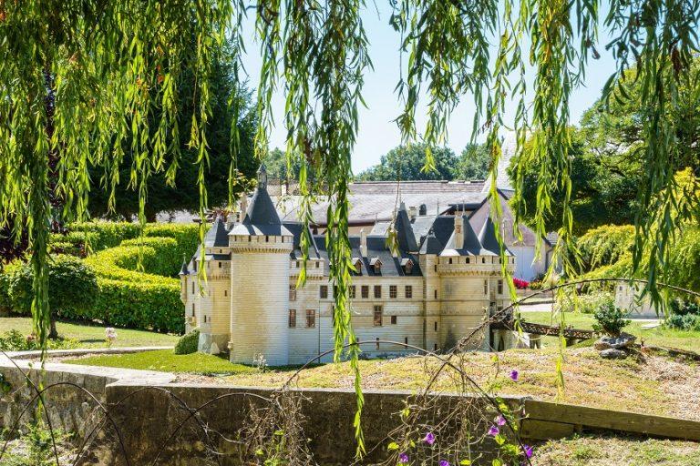 Loire Valley Mini-Châteaux-8