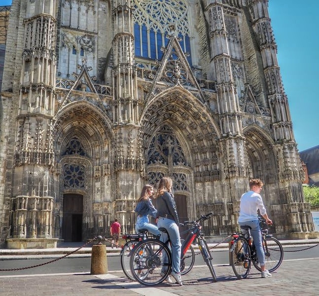 Ride in Tours-4